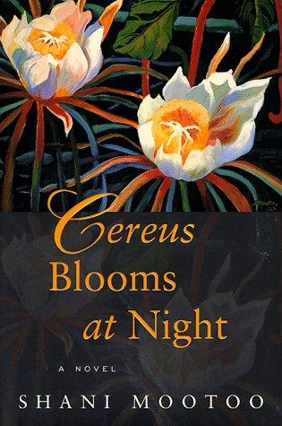Download Cereus blooms at night